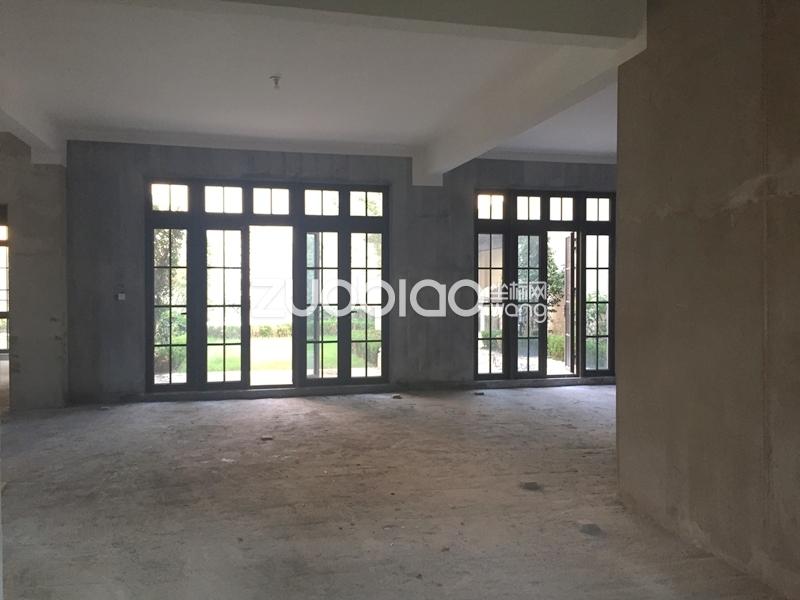 绿城玫瑰园别墅群 5室5厅 1800