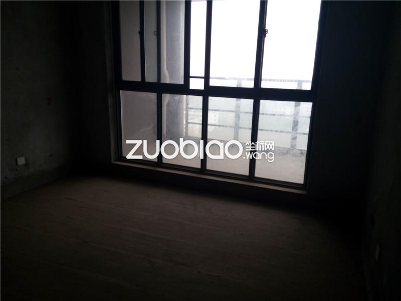 伏龙山北路 4室5厅 380