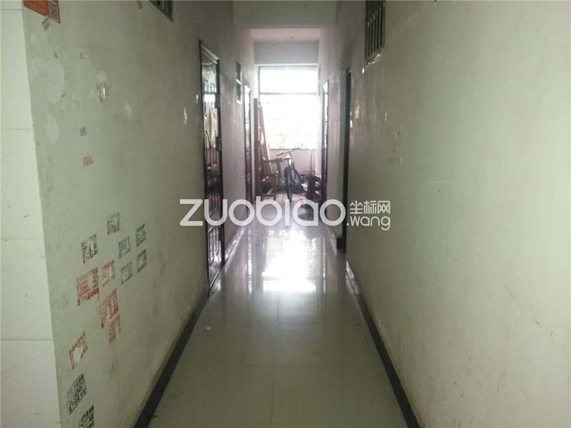 凌云六區 5室2廳 560萬