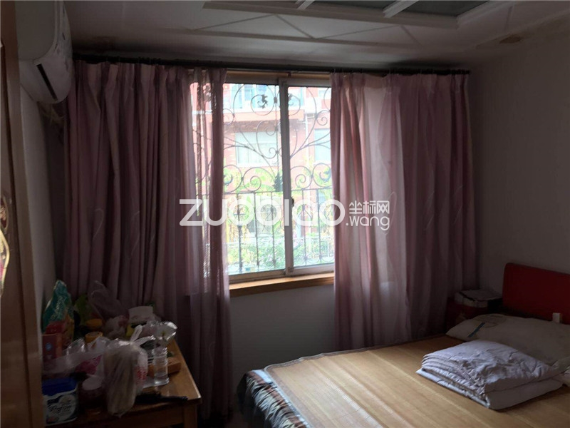 都市绿邸 9室4厅 195万