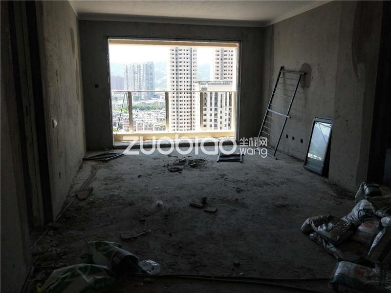 新城吾悅廣場 3室2廳 325萬