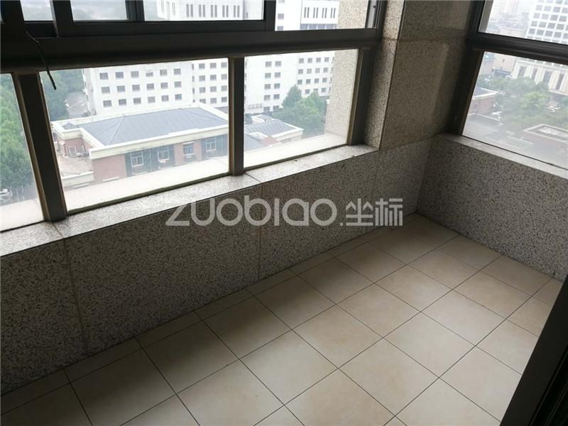中央公馆 2室2厅 408