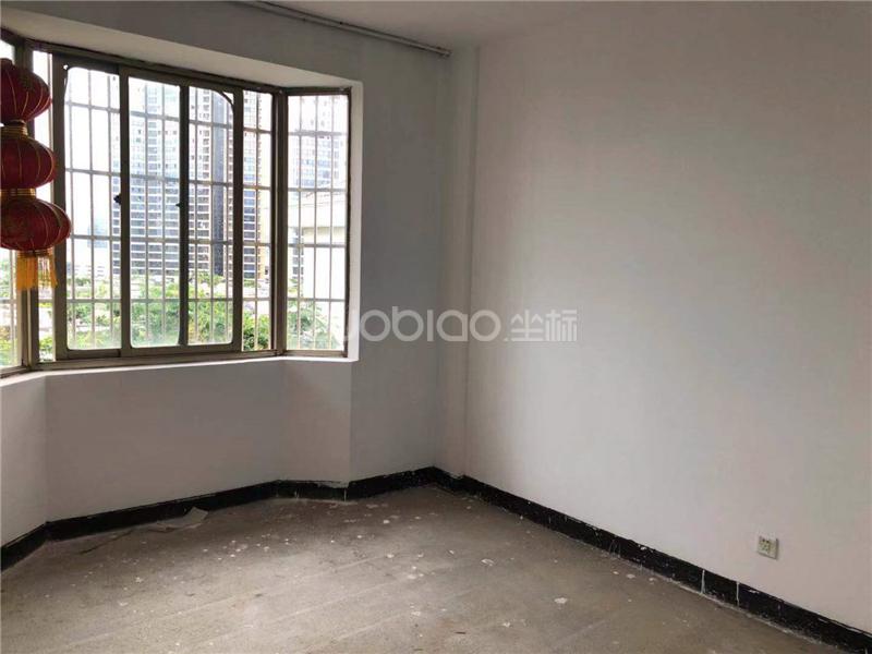 东洲花园流云苑 3室2厅 173万