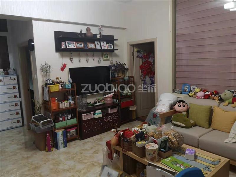 沪江公寓 3室2厅 170
