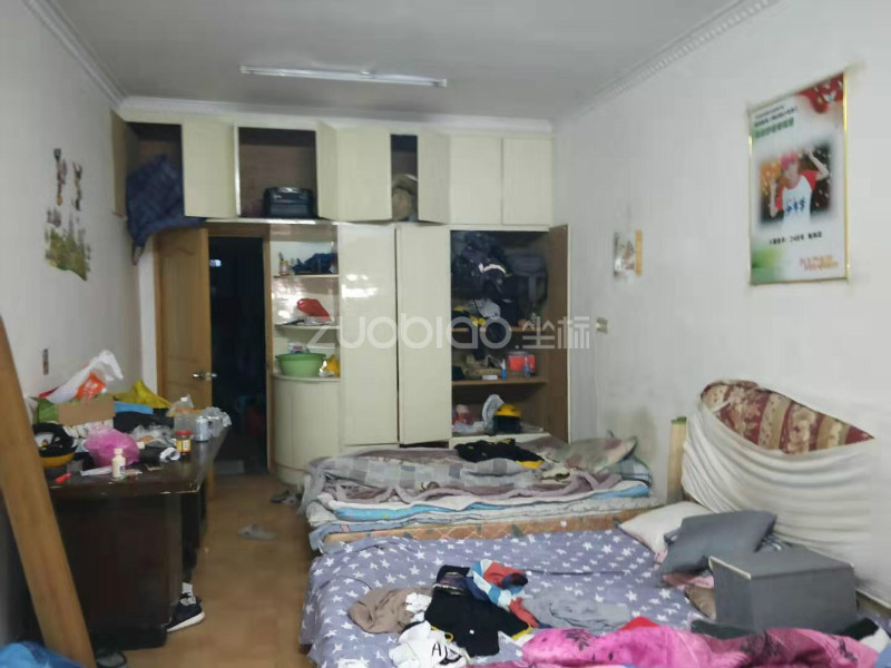 賓王市場 2室1廳 210萬