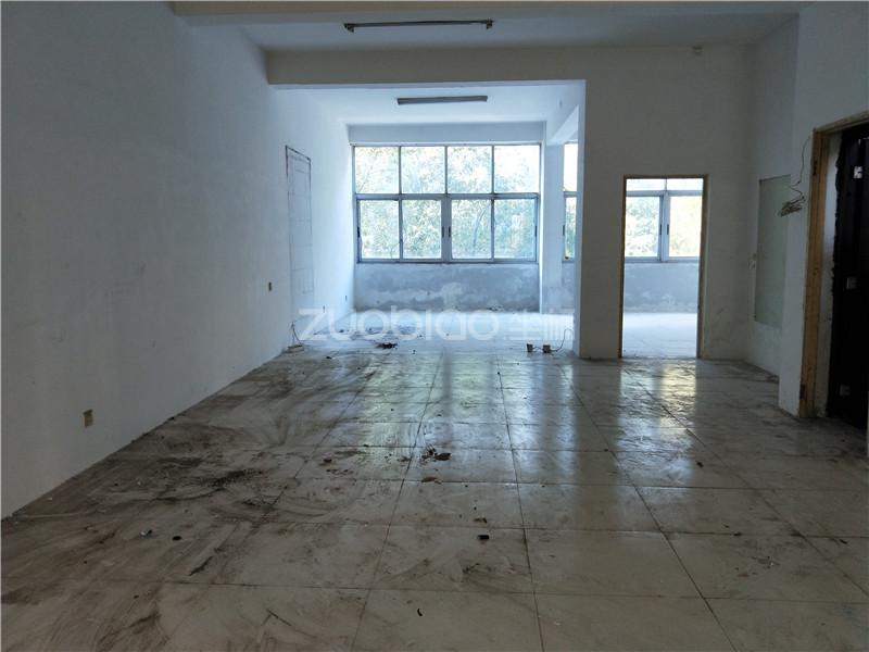 鵬城小區 3室2廳 185萬