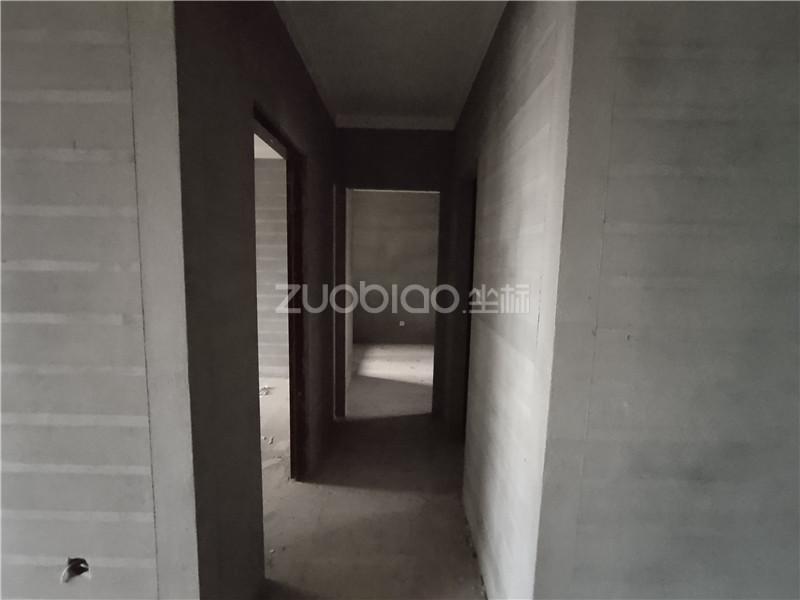 向陽新村 3室1廳 303萬