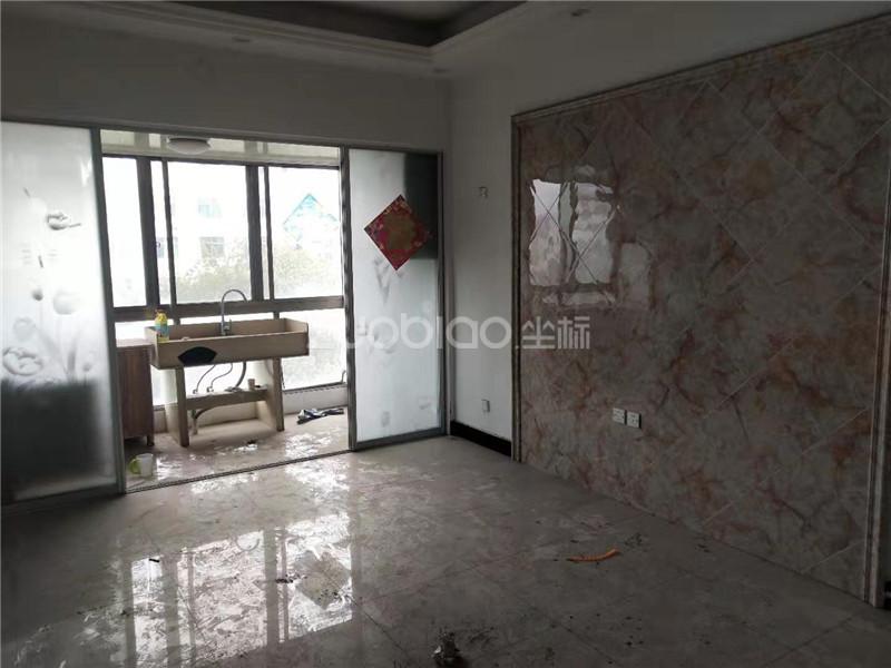 江東中路 2室1廳 158萬