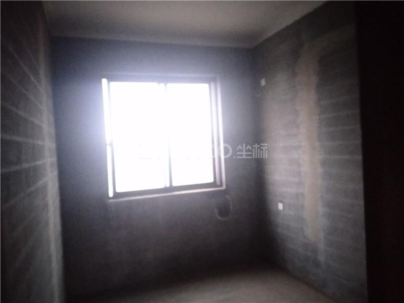 卿云府 2室1廳 300萬