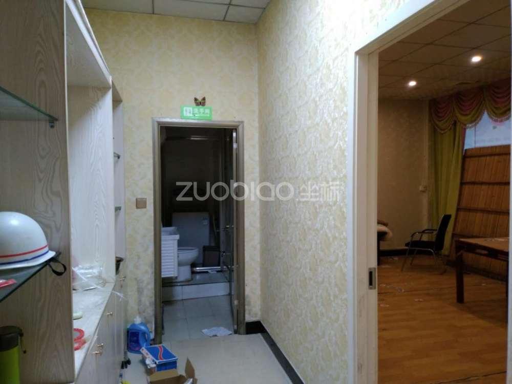 杨村一区 2室2厅1卫
