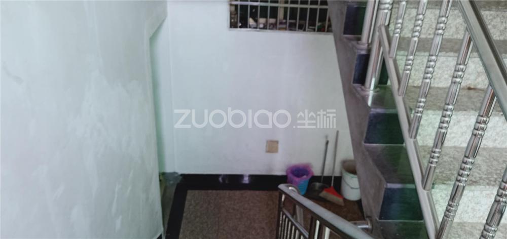 /zufang/Detail/11783
