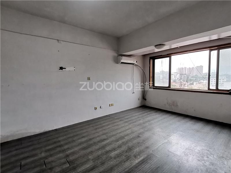 金碧神話(臻業大廈) 1室0廳 145萬