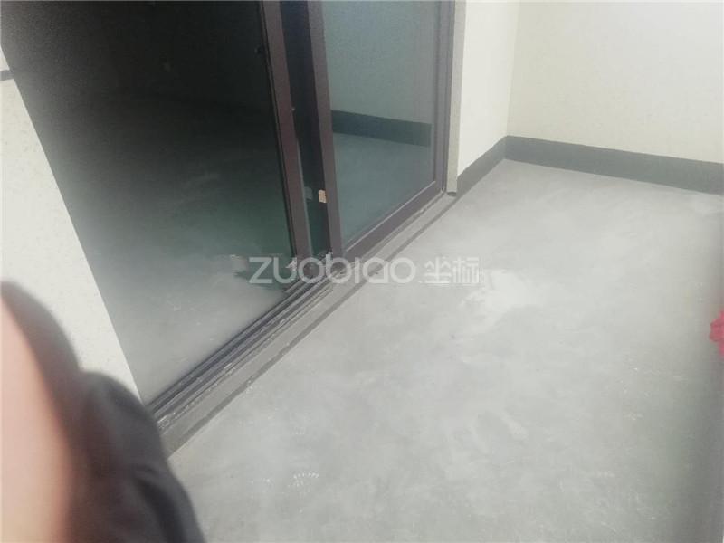 新城吾悅廣場 3室1廳 300萬