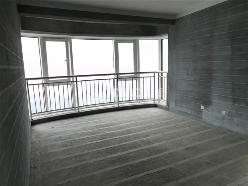 現代城 3室2廳 310萬