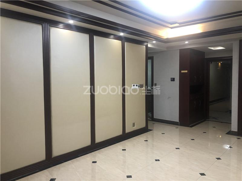 中央公館 2室2廳 422萬