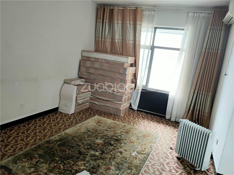 賓王廣場 4室2廳 340萬