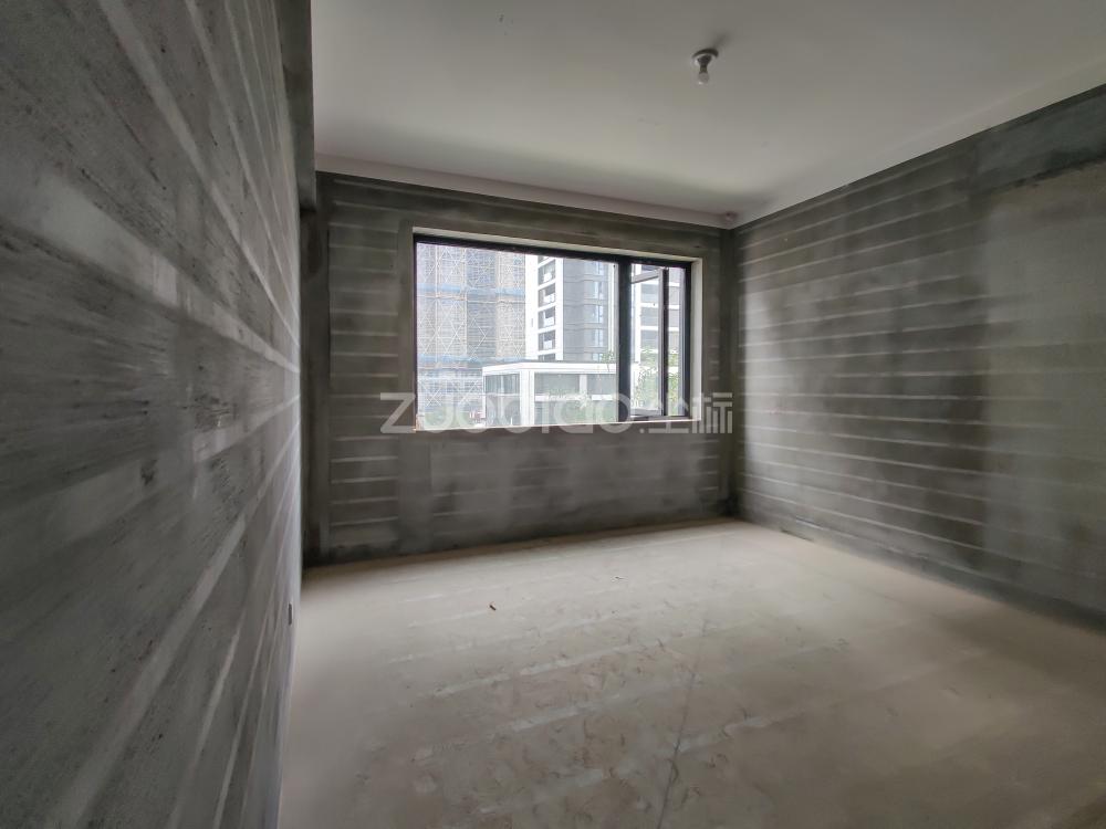 向陽新村 5室2廳 650萬