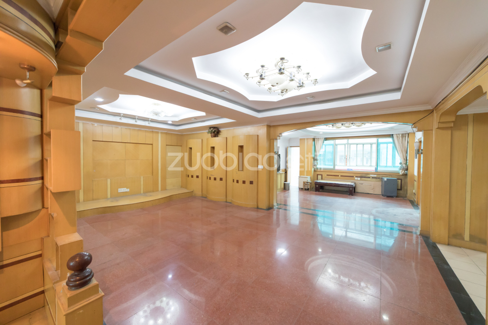 北景大厦(城北路333号) 4室2厅 351万