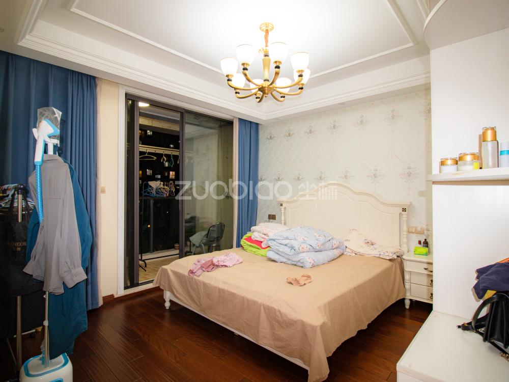香溪裕園 3室1廳 180萬