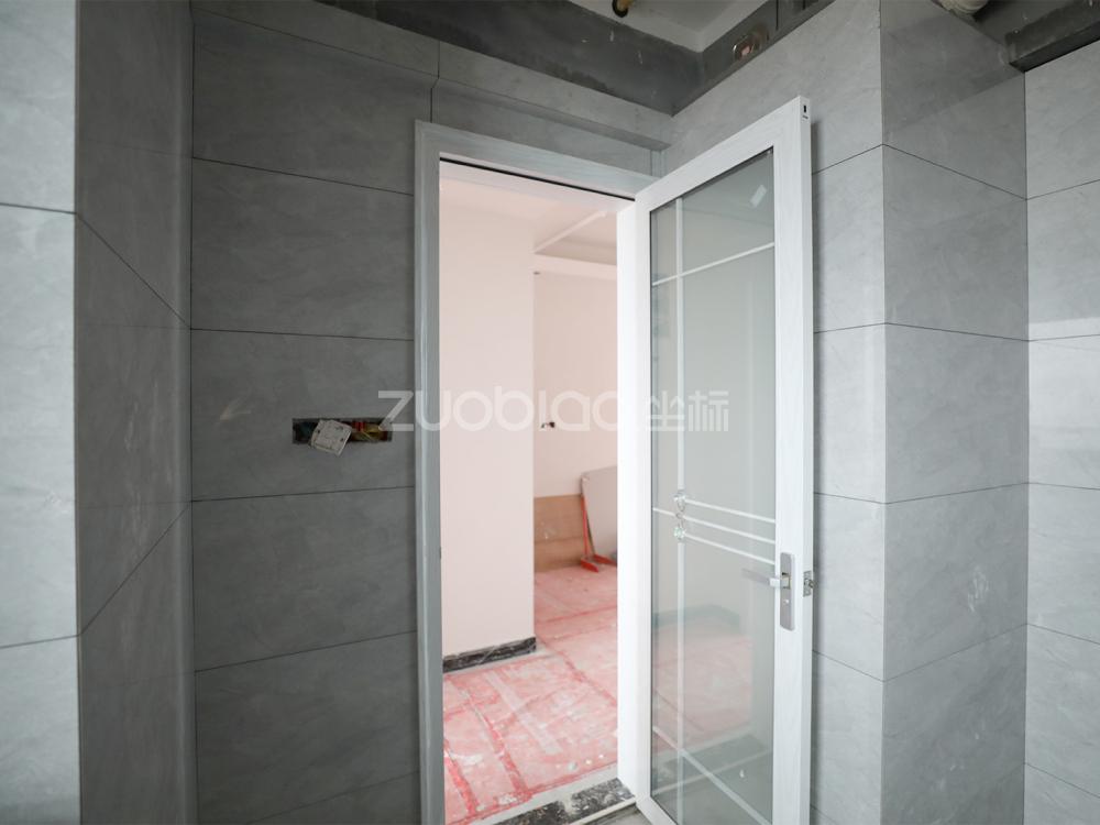 安福家園 3室2廳 200萬