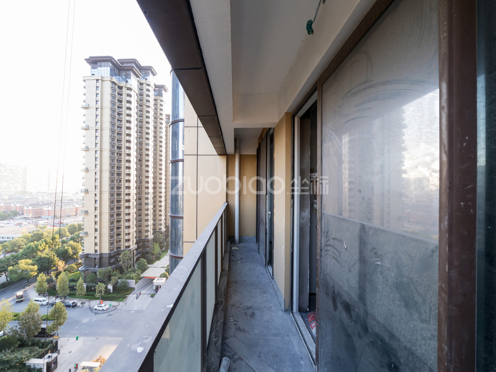現代城 4室2廳 550萬