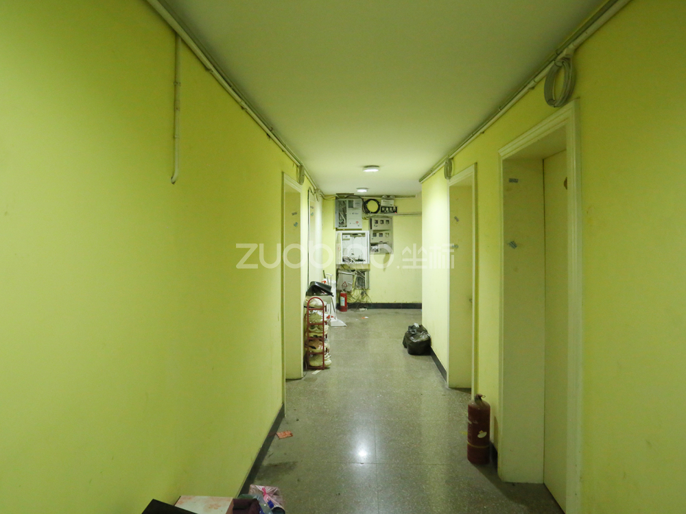 賓王路 4室2廳 429萬