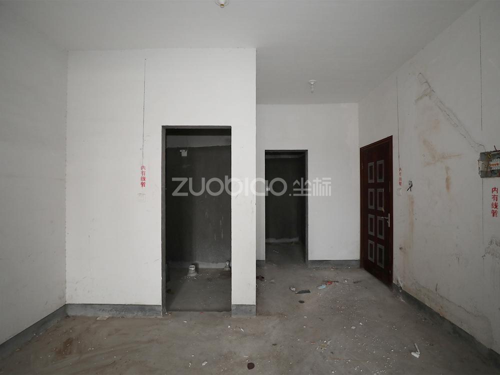 宾王广场 2室2厅 165.1万