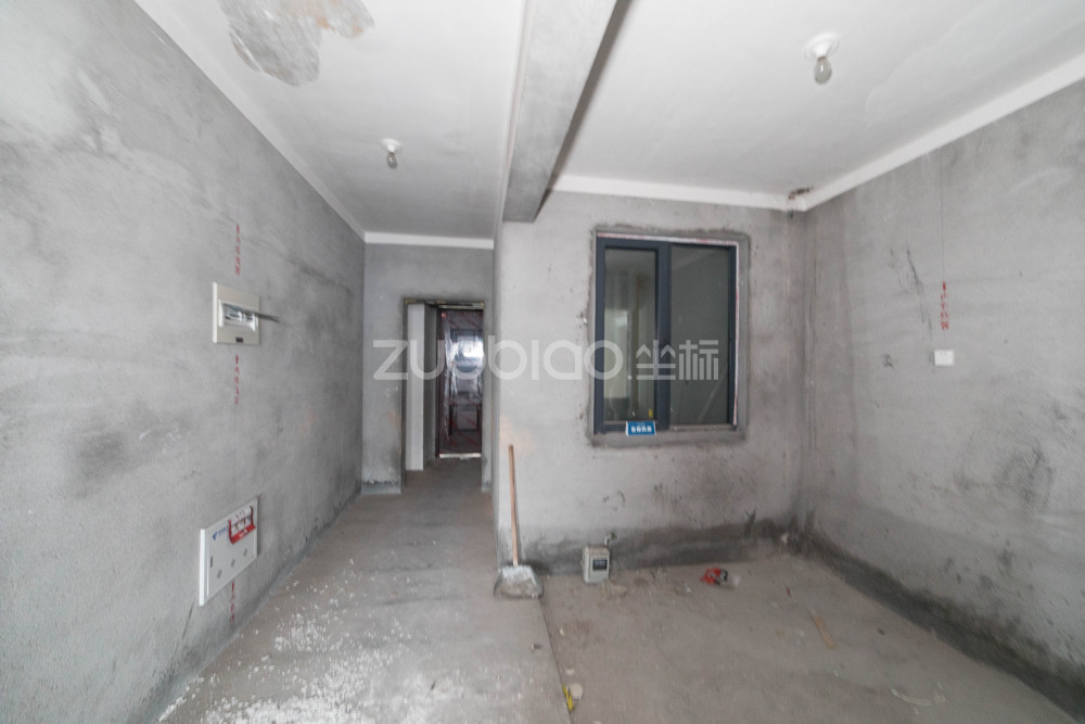 中廈國際 3室2廳 410萬