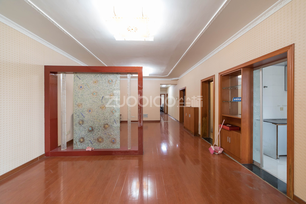通惠门 3室2厅 469万