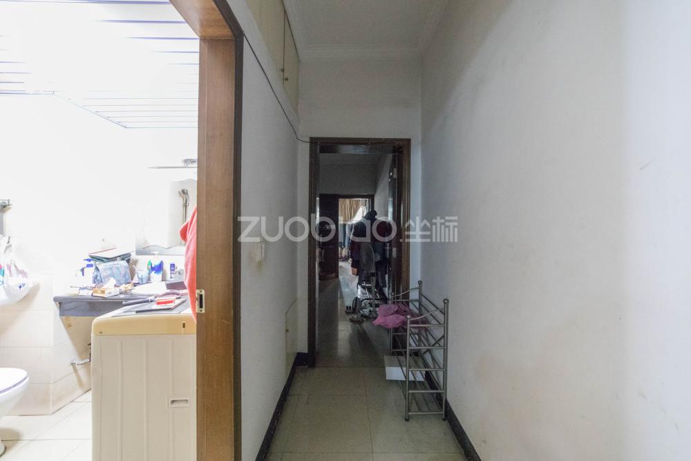 賓王市場 1室1廳 185萬