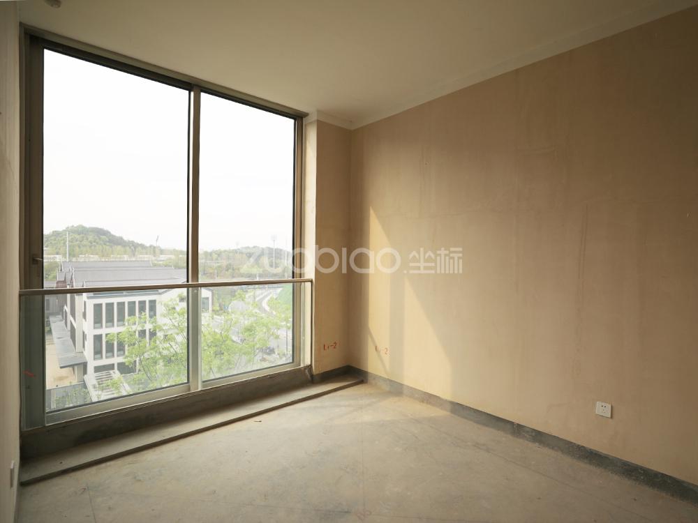 綠城桃花園 5室2廳 799萬