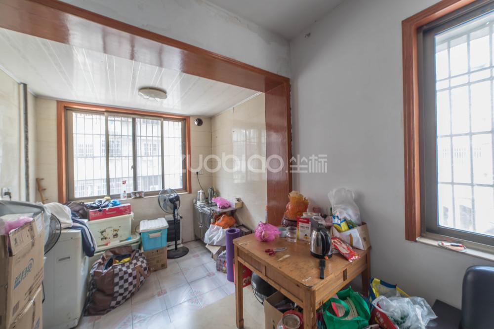 稠江小區 2室1廳 278萬