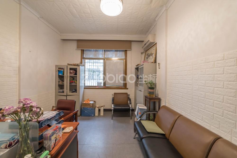 宗澤路 2室2廳 318萬