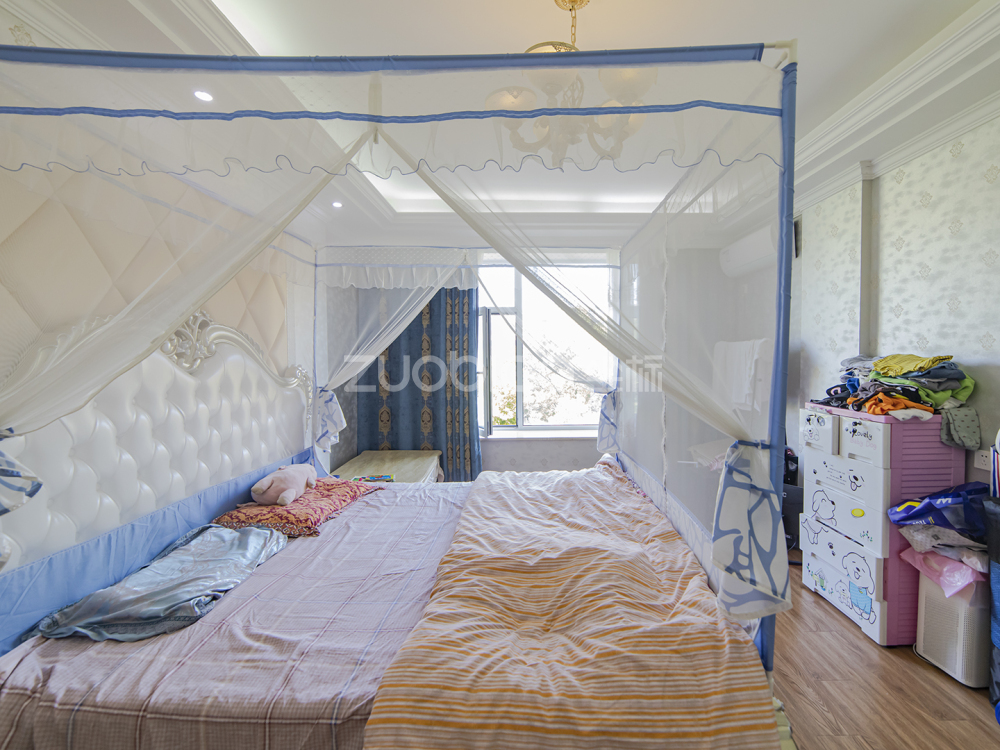 江東南路 3室2廳 320萬