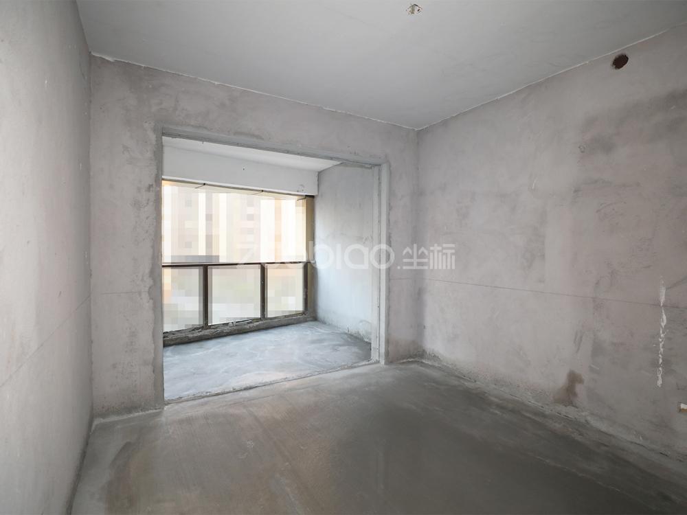 現代城 5室2廳 880萬