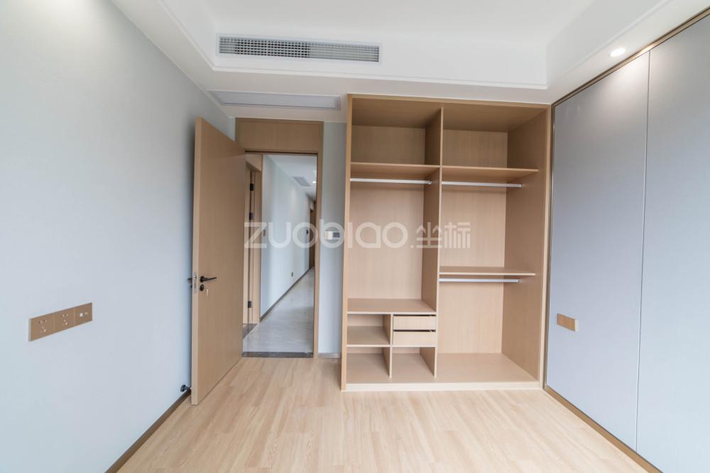 繡湖文瀾府 2室1廳 370萬