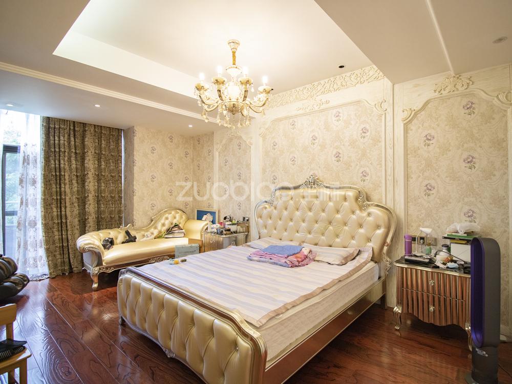 西景園排屋別墅 6室2廳 820萬